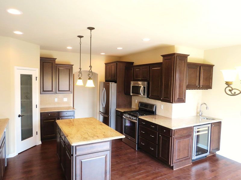 custom home builder Twin Lakes WI
